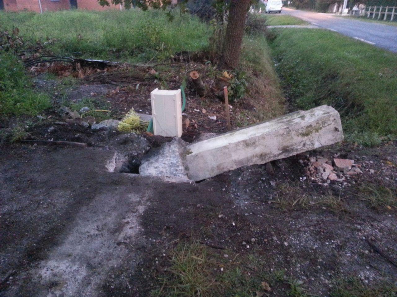 Démolition pile portail pour installation des branchements