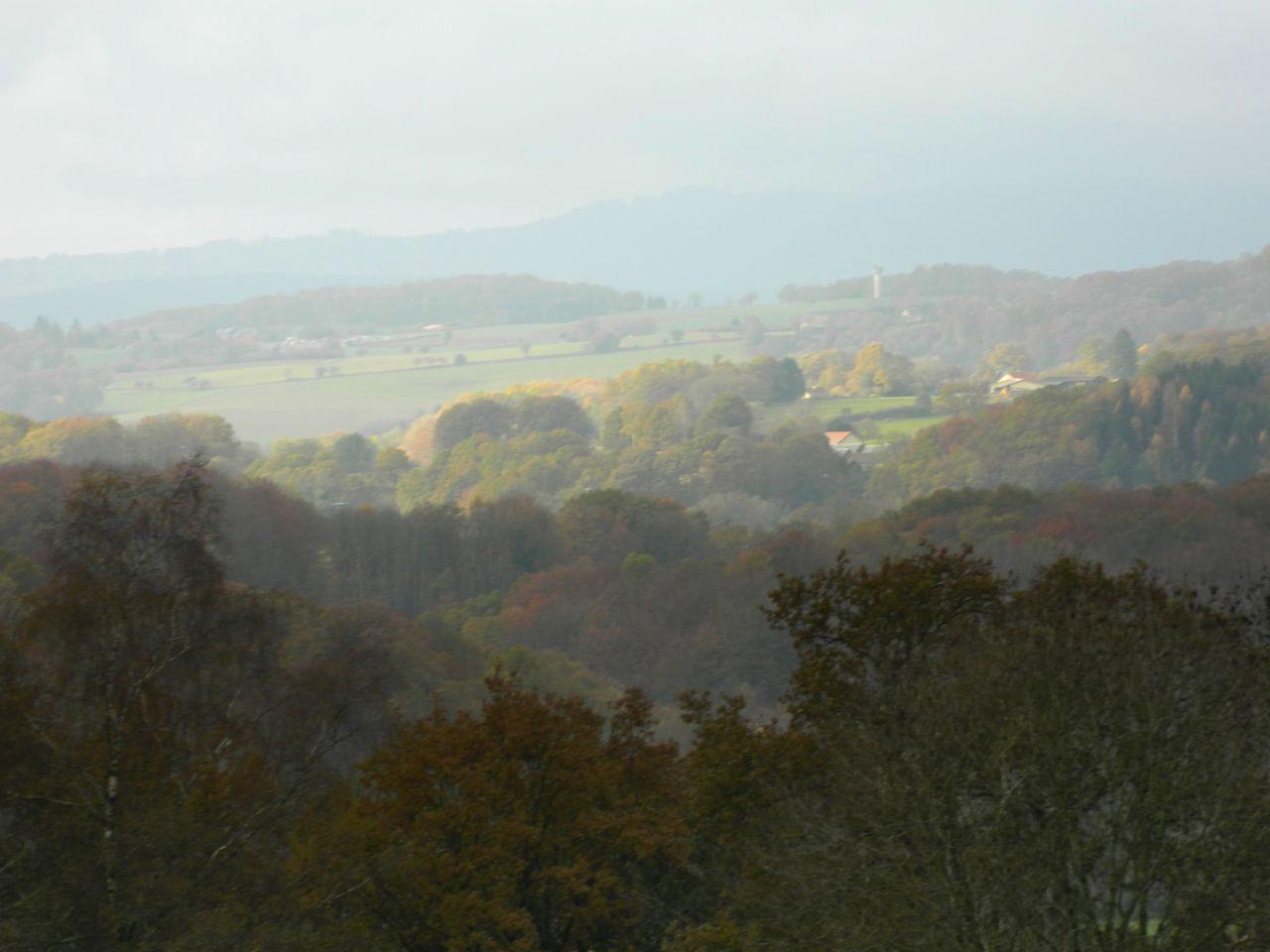 La campagne creusoise en automne, mais également la vue qui sera notre depuis le salon