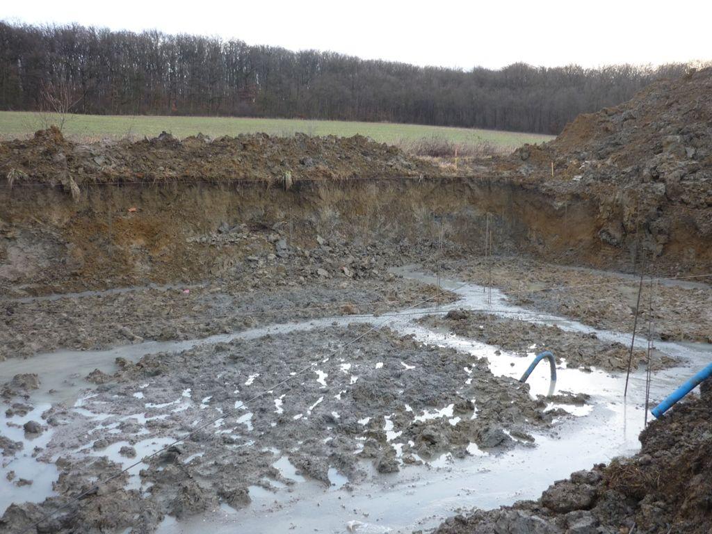 J 17 Les fondations ont été coulées aujourd'hui