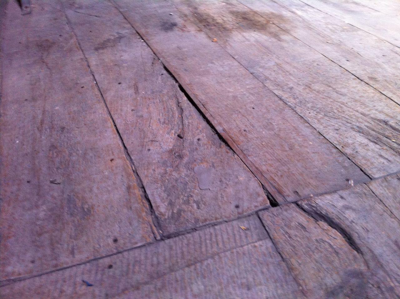 le vieux parquet de l'étage
