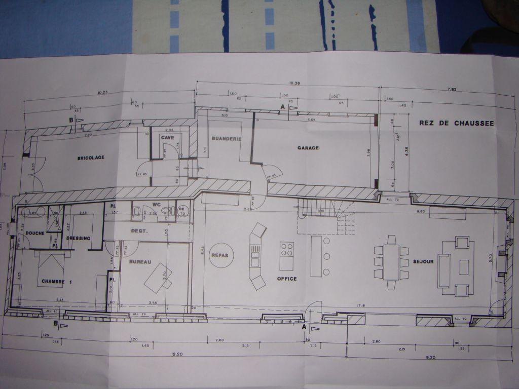 comment poser mon reseau d 39 aspiration centralis e. Black Bedroom Furniture Sets. Home Design Ideas