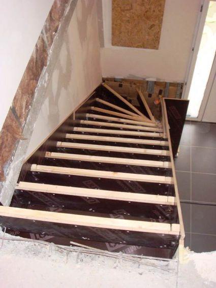 Escalier cr maill re choix des adjuvants pour b ton for Decorer un escalier en beton