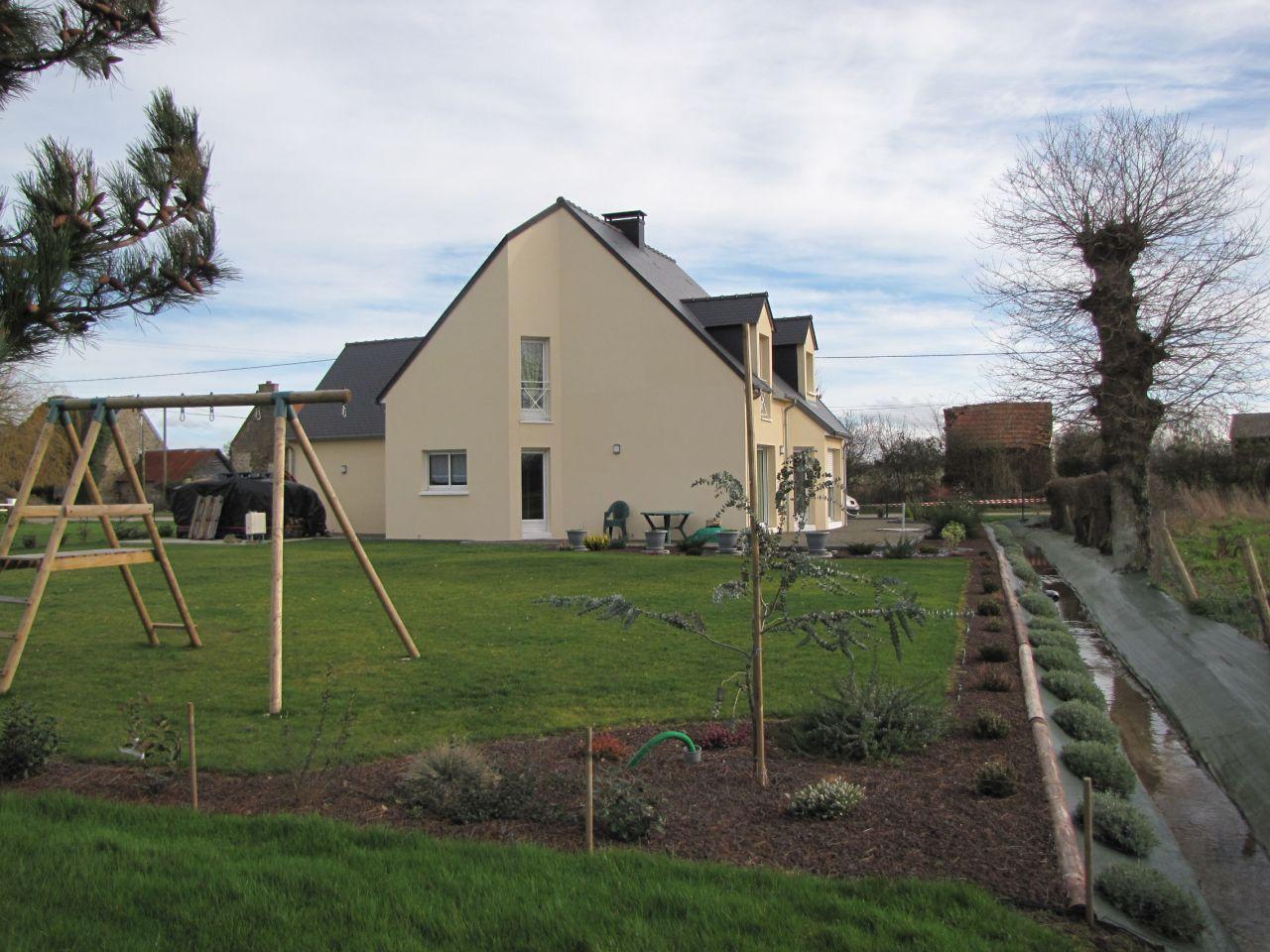 Petites photos de la maison dans son jus lagage du for Entretien jardin granville