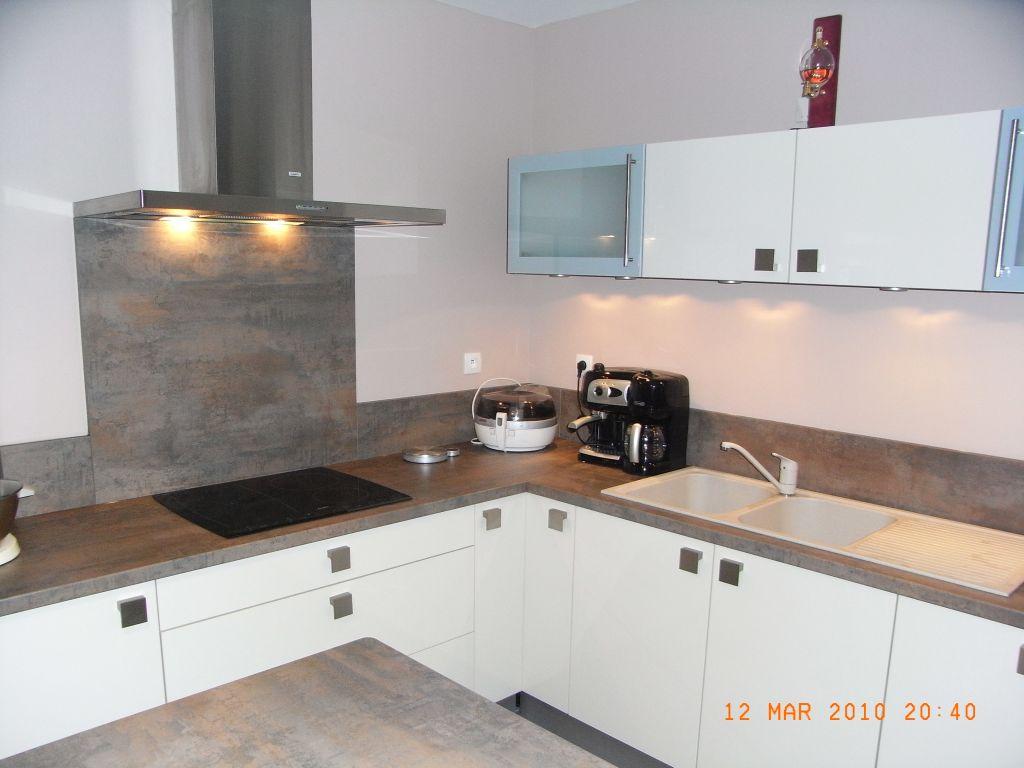 hauteur credence cuisine ilot hauteur crdence cuisine. Black Bedroom Furniture Sets. Home Design Ideas