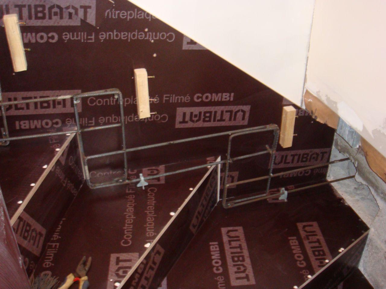 ferraillage escalier cr maillaire en b ton 62 messages page 3. Black Bedroom Furniture Sets. Home Design Ideas