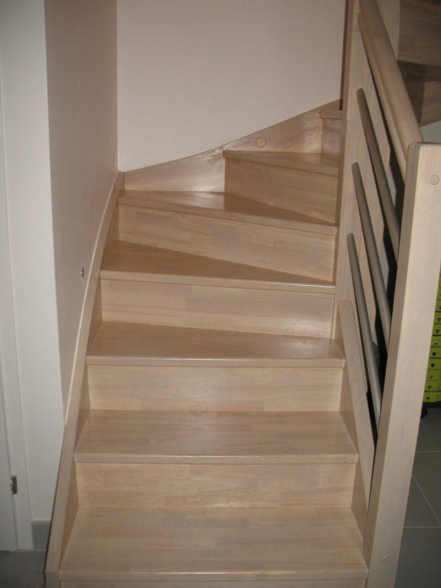 Peindre escalier bois exotique neuf 20170622210620 for Peindre un escalier en bois brut