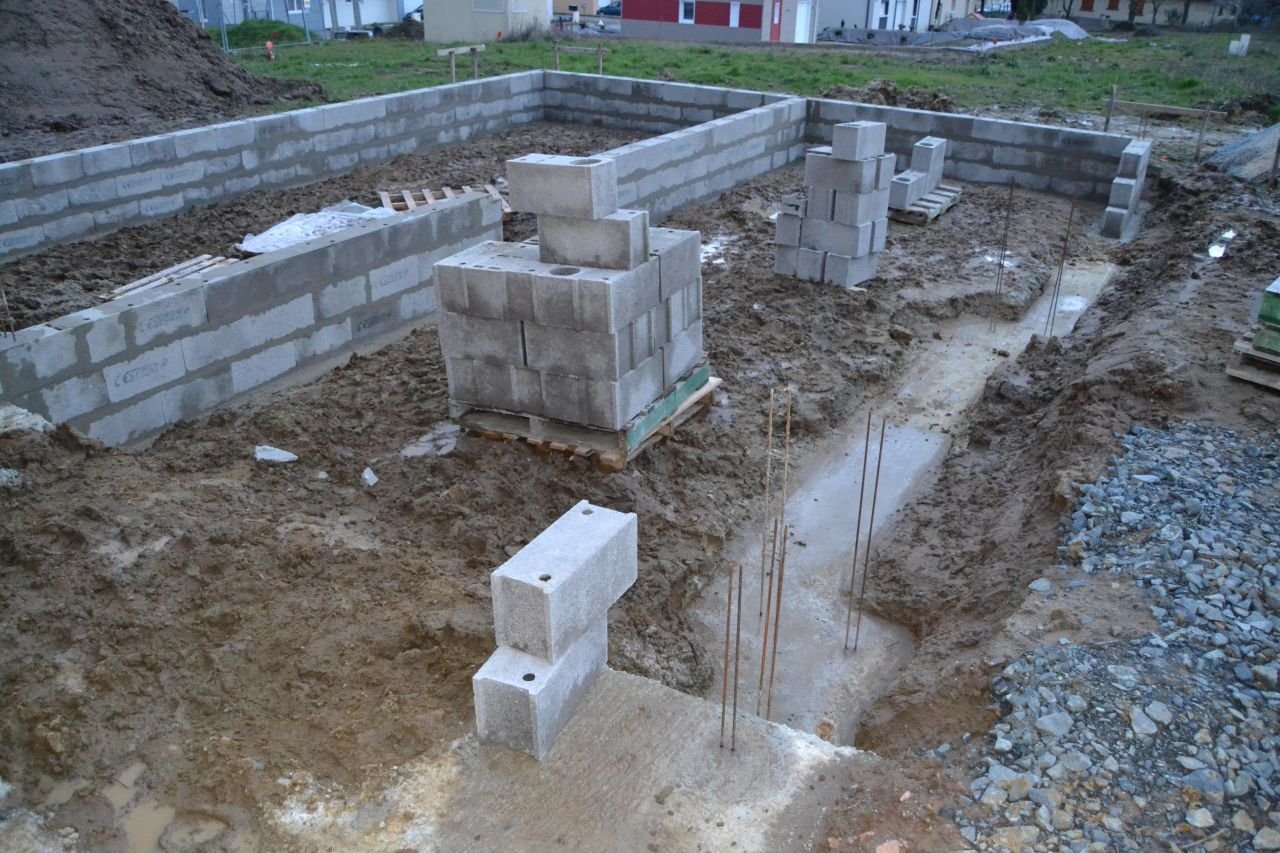 fondations vide sanitaire imperm abilisation isolation du vide sanitaire mulsanne sarthe. Black Bedroom Furniture Sets. Home Design Ideas