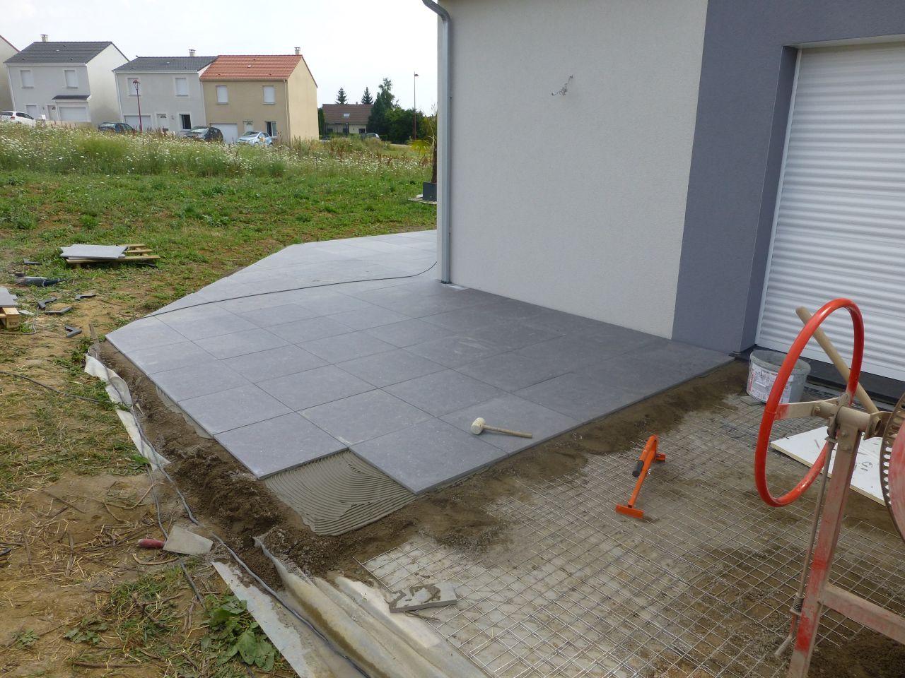 Carrelage ep 2 cm pour terrasse solution id al 63 for Carrelage glissant solution