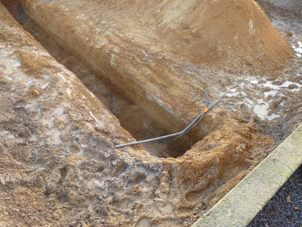 Préparation pour mise en place du puits canadien à eau glycolée, ainsi que les fondations
