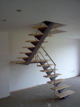 Maison lumi re niffer niffer haut rhin - Escalier milieu de piece ...
