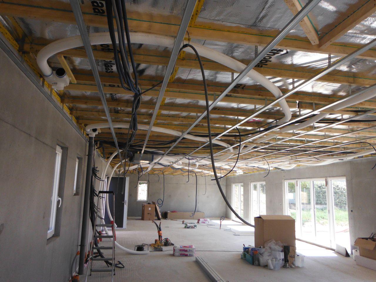 Rails plafond   éléctricité