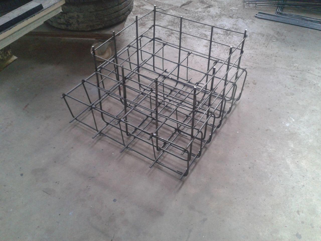 ferraillage fabriqué pour le support de la charpente métalique