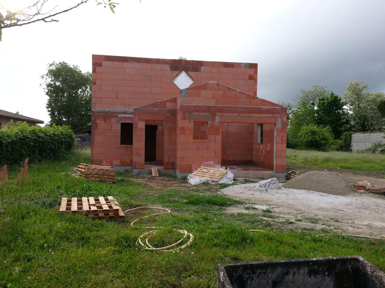 Finition de l'étage - façade avant de la maison
