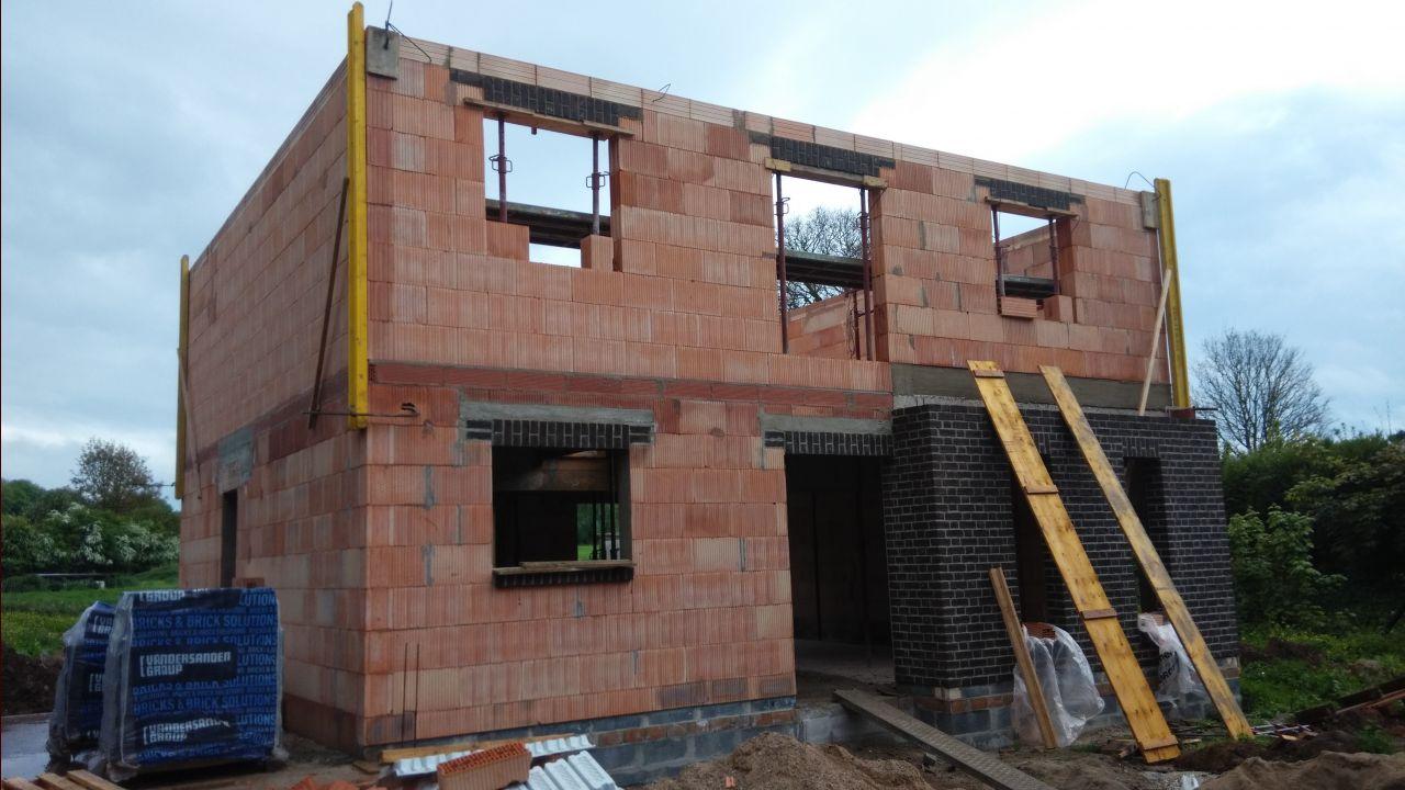 Elevation des murs, 1er étage