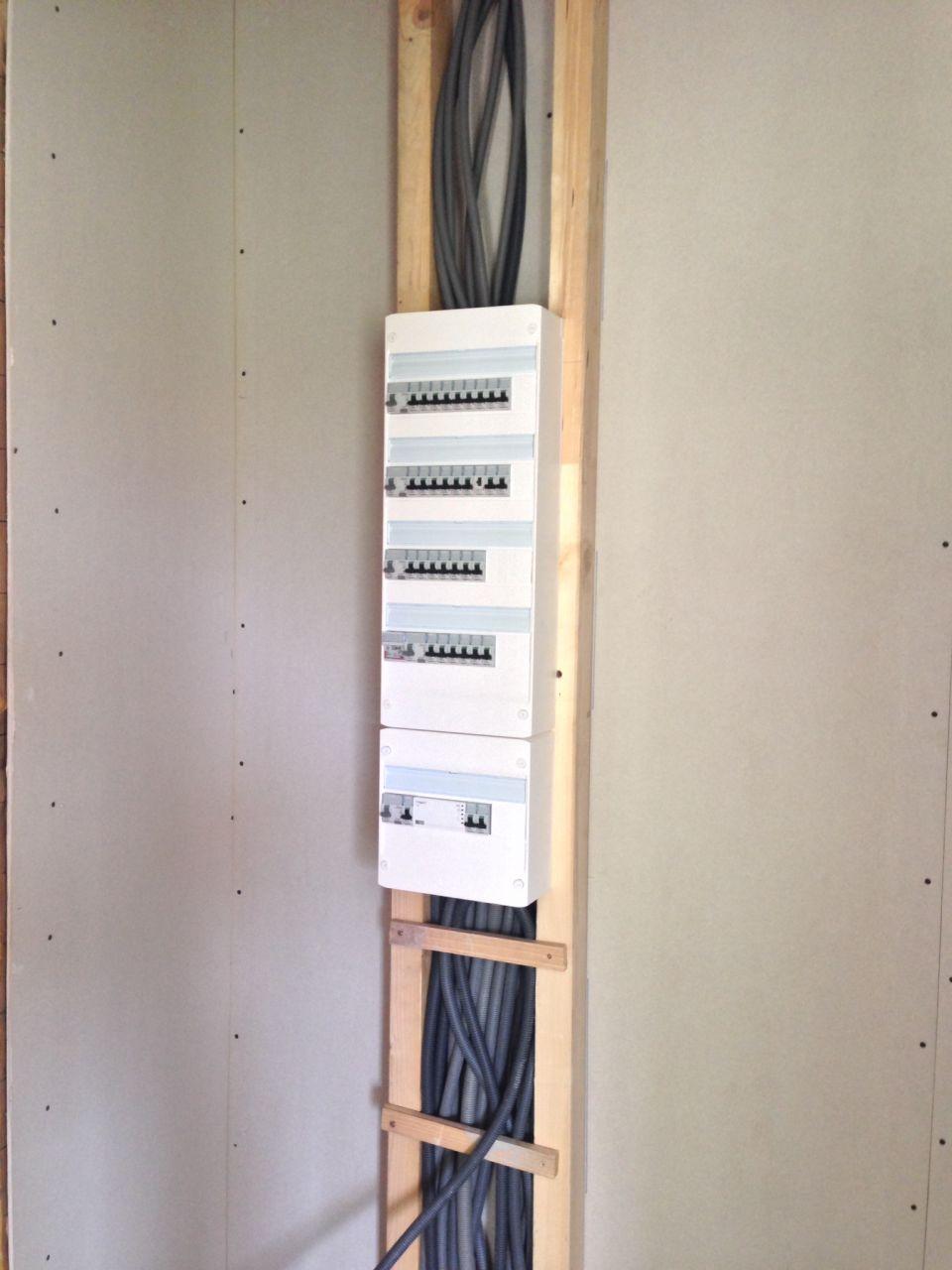 Pose compteur et disjoncteur edf sur bois 8 messages - Sorbetiere manuelle et electrique en bois ...