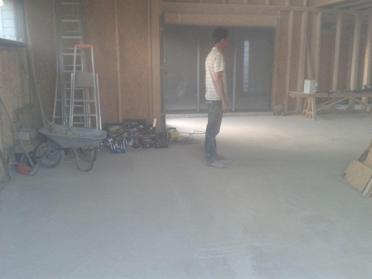 Bardage de l 39 tage pose des volets finition du garage st philbert de bouaine vendee - Garage saint philbert de grand lieu ...