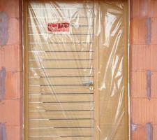 Porte d'entrée tierce vernie marque BEL'M - magnifique qualité