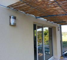 Et voilà les jolis appliques extérieures pour la terrasse.