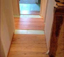 essai plancher flottant pour la chambre 2 l ensemble s associe bien avec le plancher chataignier