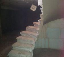 Montage escalier voûte sarrasine Sous sol vers RDC