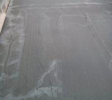 fissures au sechage des le lendemain du coulage de la dalle de la terrasse