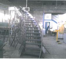 Escalier limon debillardé en cours de fabrication