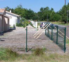 Travaux de clôture en cours