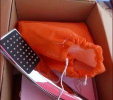 Livraison de notre mitigeur pour la baignoire (commandé sur lightintheox)! Un super emballage - des petits sacs molletonnés  - nickel!