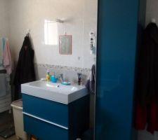 meubles de salle de bain achetes et installes