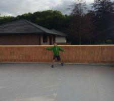 toiture terrasse accessible de la salle de jeu <br /> 60 m2