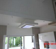 Hotte de plafond installée !