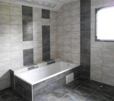 SdB étage, côté baignoire