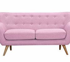 Canapé vintage qui trouvera sa place dans l'entrée!