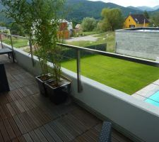Le balcon-terrasse à l'étage