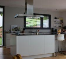 Nouvelles étagères à la cuisine
