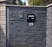 mur d entree en plaquettes de parement