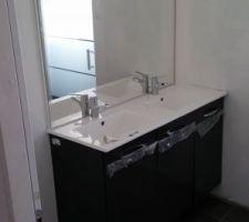 meuble de la salle de bain