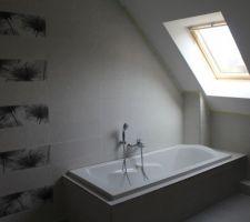 la salle de bain prend forme