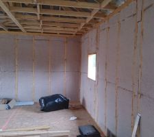 Isolation intérieure étage 1ère couche finie