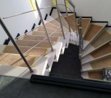 vue escalier depuis le vide
