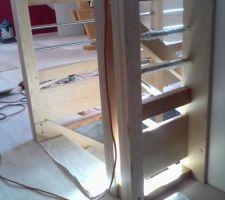 Vue de l'étage, installation en cours. Vue sur le garde corps