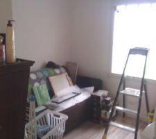 future chambre d enfant pour le moment servant de debarras