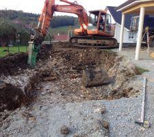 Aller on creuse notre piscine!!