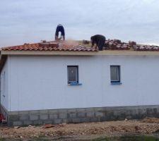 La toiture 6 pans presque terminée