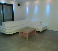 Nouveau canapé d'angle avec têtières réglable, de nuit avec éclairage d'ambiance