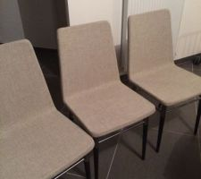 Le séjour prend (enfin) forme !  Chaises IKEA, Table FLY, Coussin IKEA ( collection hiver 2013)