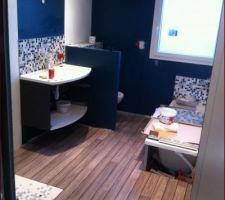 la salle de bains se termine