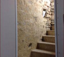 Cage d'escalier sous sol