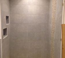 Salle de bain étage terminée - Douche