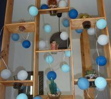 Notre entrée - porte totem ral 7016 menuiserie française - banc Ikea - lampe de la case du cousin paul - habillage murets fait maison